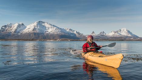 Padling Hamarøya, foto av Thomas Pindard, NPF - Les artikkel: Vinterpadletreff