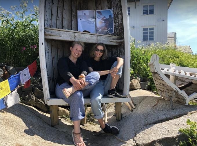 Runhild på Reine bygget mini-rorbu til bibliotek